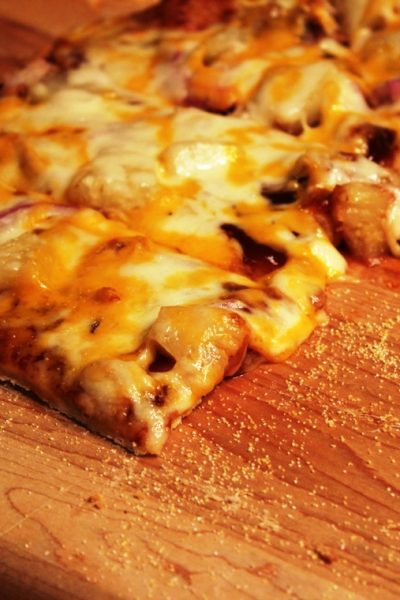 Barbecue Pulled Pork Pizza – Turning Leftovers Into Pizza