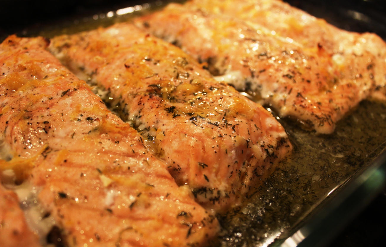 baked salmon with lemon dill sauce healthy ideas place. Black Bedroom Furniture Sets. Home Design Ideas