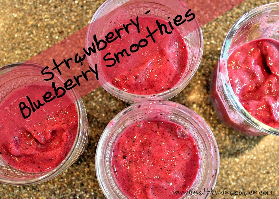Strawberry-Blueberry Smoothies {Cooking With Kids}