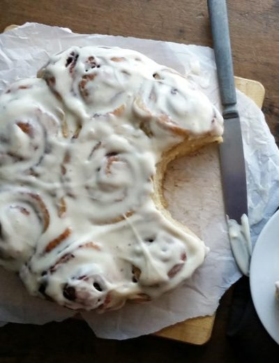 Christmas Morning Cinnamon Rolls {Dairy-Free}