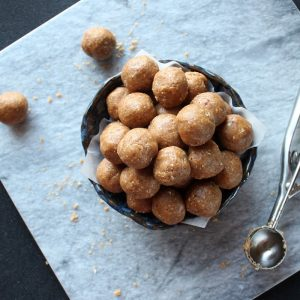 Peanut Butter Cookie Dough Energy Bites - Tastes like peanut butter cookie dough but have more to offer nutritionally than traditional cookie dough. They're great for a quick snack or treat in the afternoon, or a pre- or post-workout fuel for your body.