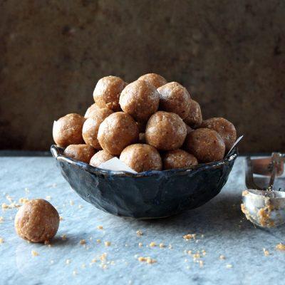 Peanut Butter Cookie Dough Energy Bites