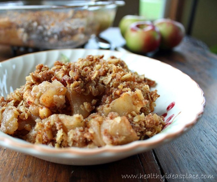 Maple Walnut Apple Crisp -Each bite is filled with sweet, soft-cooked apples, and crunchy oat and walnut topping, all with subtle maple undertones.