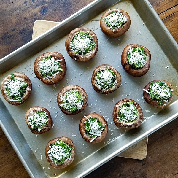 Stuffed Mushrooms with Spinach and Parmesan - Easy to make, and healthier stuffed mushrooms. This recipe is the perfect appetizer when you want something elegant and delicious.